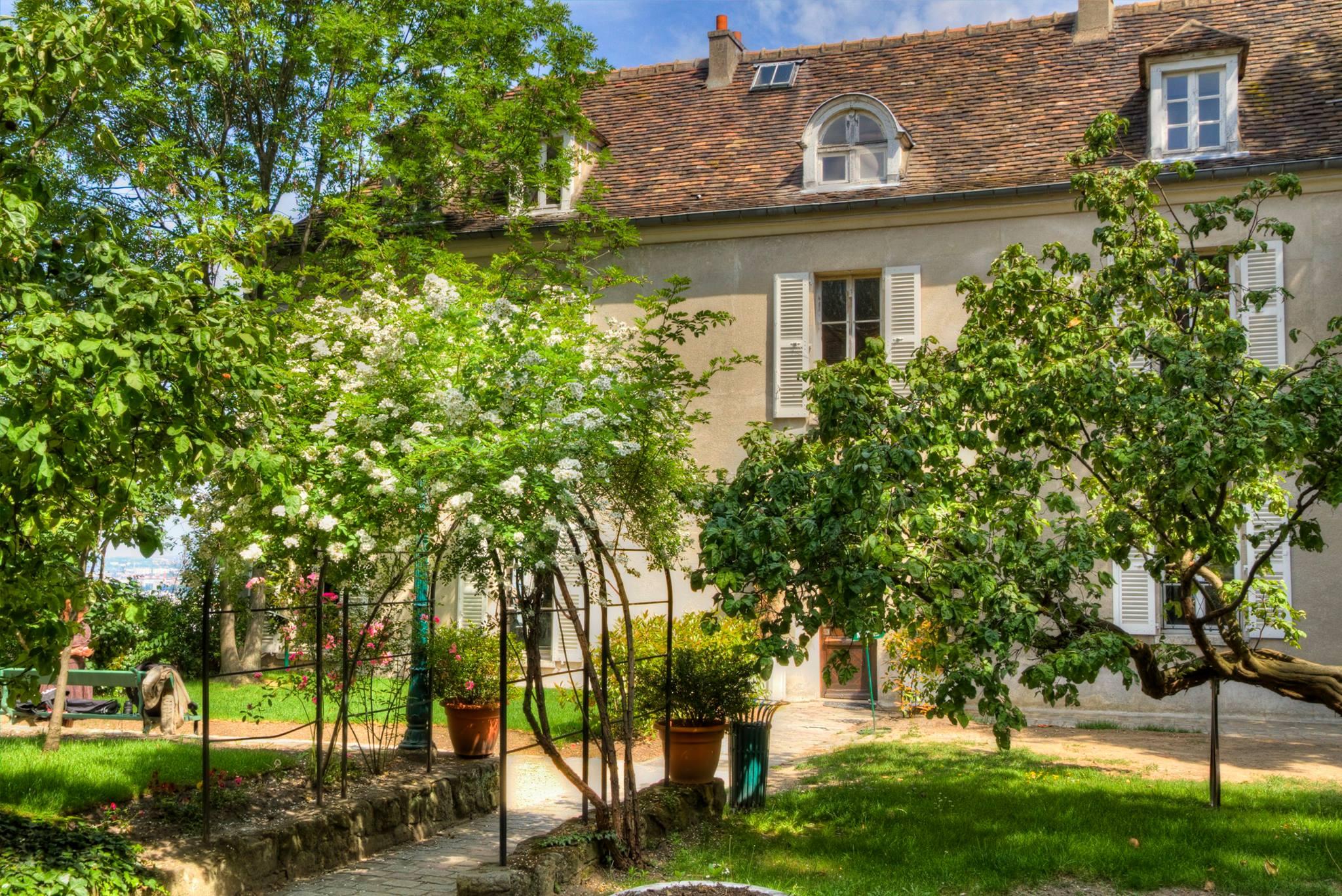 Maison de charme paris maison de caractre 25 km au sudest for Chambre de charme paris