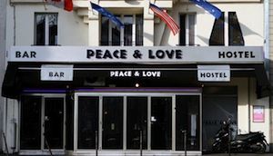 Parking Hôtel Peace & Love