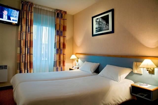 parkhaus hotel timhotel paris gare du nord. Black Bedroom Furniture Sets. Home Design Ideas