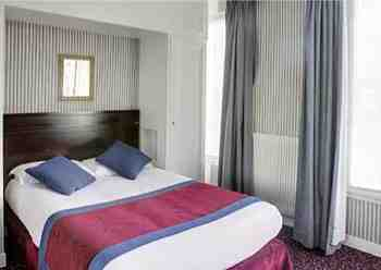 Parking Hotel Best Western de Neuville