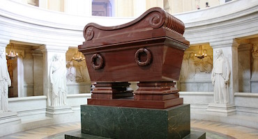 Reserve your parking place now to visit Napoleon's tomb in Parkingsdeparis