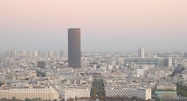 Réservez votre place de parking à côté de la Tour Montparnasse in Parkingsdeparis