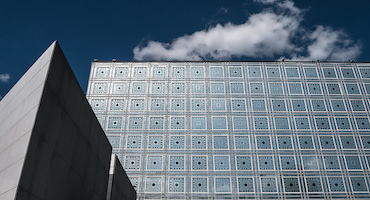 Reserve a parking place for your visit to the Institut du Monde Arabe (Arab World Institute) in Paris in Parkingsdeparis
