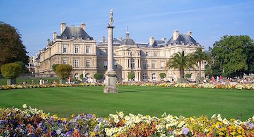 Book your parking space to visit the Luxembourg Palace and the French Senate in Parkingsdeparis