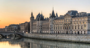 Book your parking space to visit the Conciergerie in Parkingsdeparis