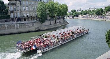 Vous comptez partir en croisière sur la Seine avec la compagnie Bateaux Parisiens. Avez-vous réservé votre parking auparavant ? in Parkingsdeparis
