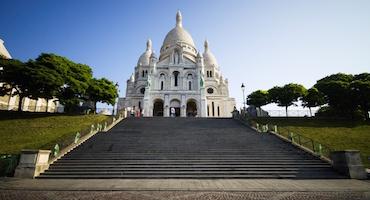 Réservez votre place de parking pour visiter la Basilique du Sacré-Coeur in Parkingsdeparis