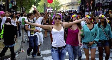 Parkings à Paris pour la Techno Parade in Parkingsdeparis