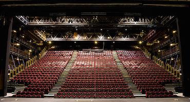 Vous allez au Théâtre National de Chaillot ? Ne cherchez pas où stationner, réservez à l'avance votre place de parking ! in Parkingsdeparis