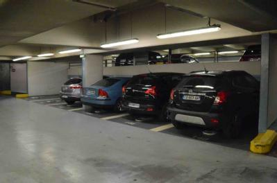 car park in 4 place baudoyer 75004 in paris parkingsdeparis. Black Bedroom Furniture Sets. Home Design Ideas