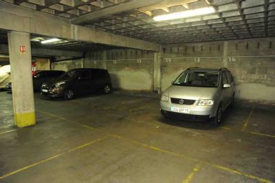 Parking du commerce