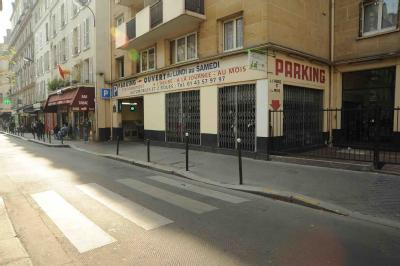 parking situ 11 13 rue des 3 bornes dans paris parkingsdeparis. Black Bedroom Furniture Sets. Home Design Ideas